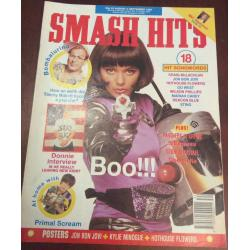 Smash Hits Magazine - 1990 22/08/90 (Betty Boo Cover)